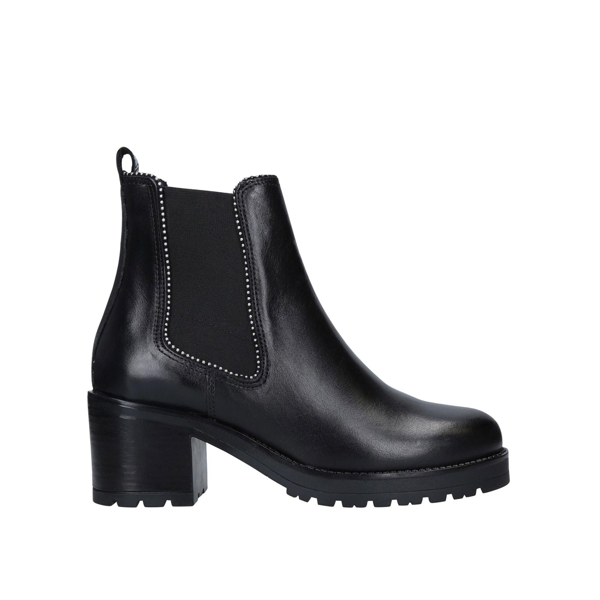 Thrill Boots