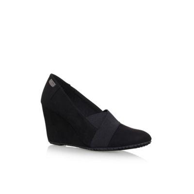 Anne Klein Black 'Tarence2' high heel slip on loafers