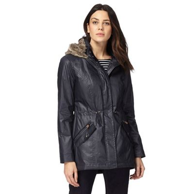 cd9152bbbef33 Maine New England Navy faux fur hood lining waxed parka coat
