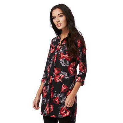 Black floral print longline shirt