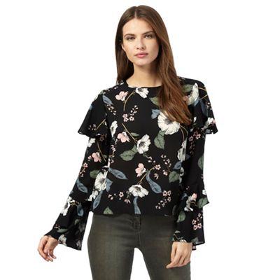 Black floral print frilled top