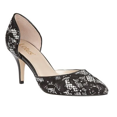 Black 'Brogna' pointed toe courts