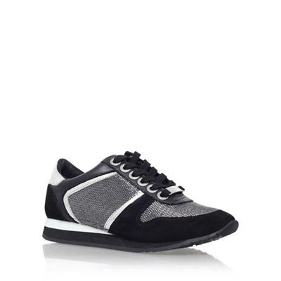 Black 'Lennie' flat lace up sneaker