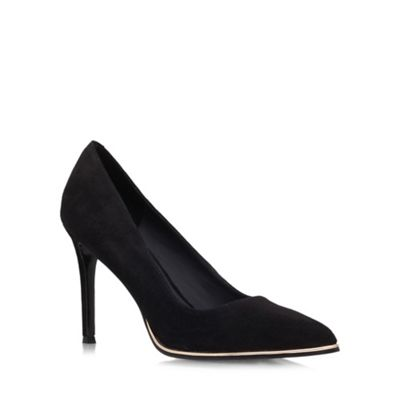 Black 'Beauty' High heeled courts