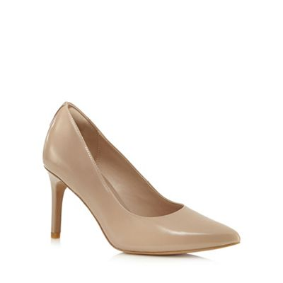 Beige 'Dinah Keer' leather high court shoes