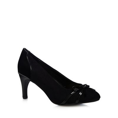 Black 'Carina-c' suede and patent bow court shoes