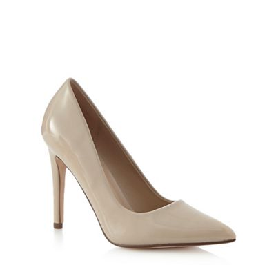 Beige 'Coola' high court shoes