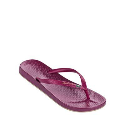 'Beach' dark red flip flop