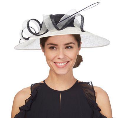 106887d8e Hats & Fascinators