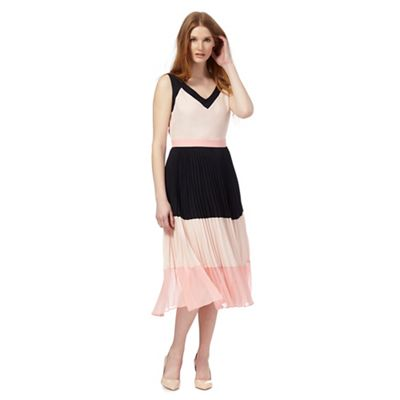Pink colour block pleated dress