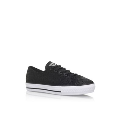 Black 'Ctas Highline' flat lace up sneakers