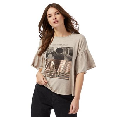 Taupe city print t-shirt