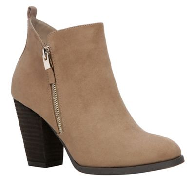 Beige suedette 'Kokes' high block heel ankle boots