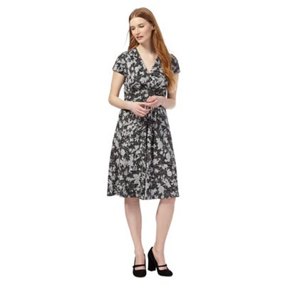 Black texture floral print dress