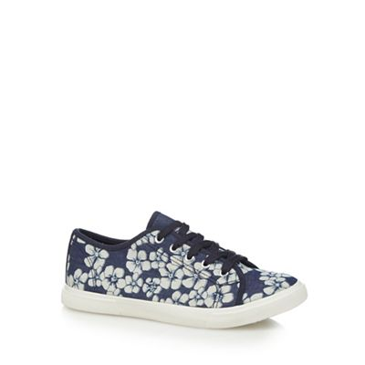 Navy 'Mary' trainers