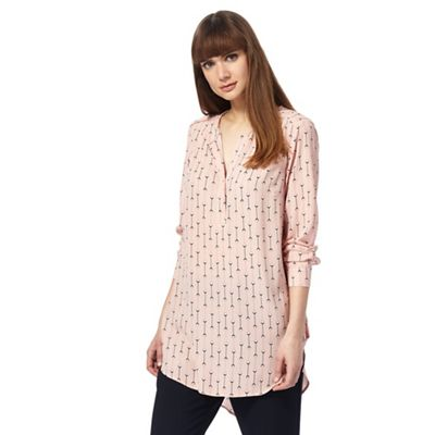 Pink diamond print shirt