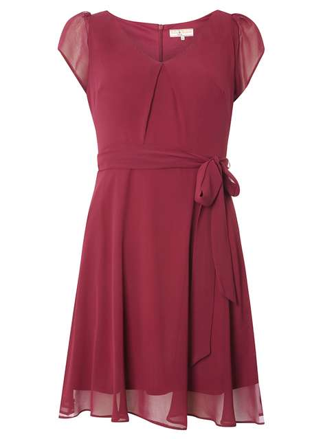 **Billie and Blossom Petite Plum Chiffon Dress