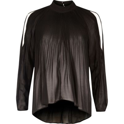 Black long sleeve plisse cold shoulder blouse