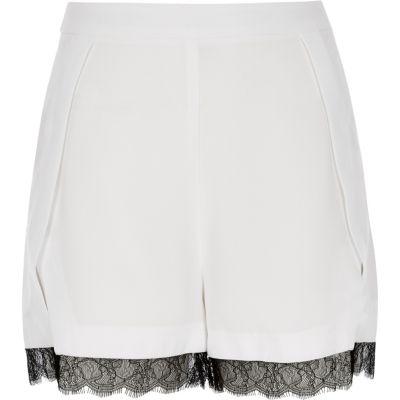 White lace trim shorts